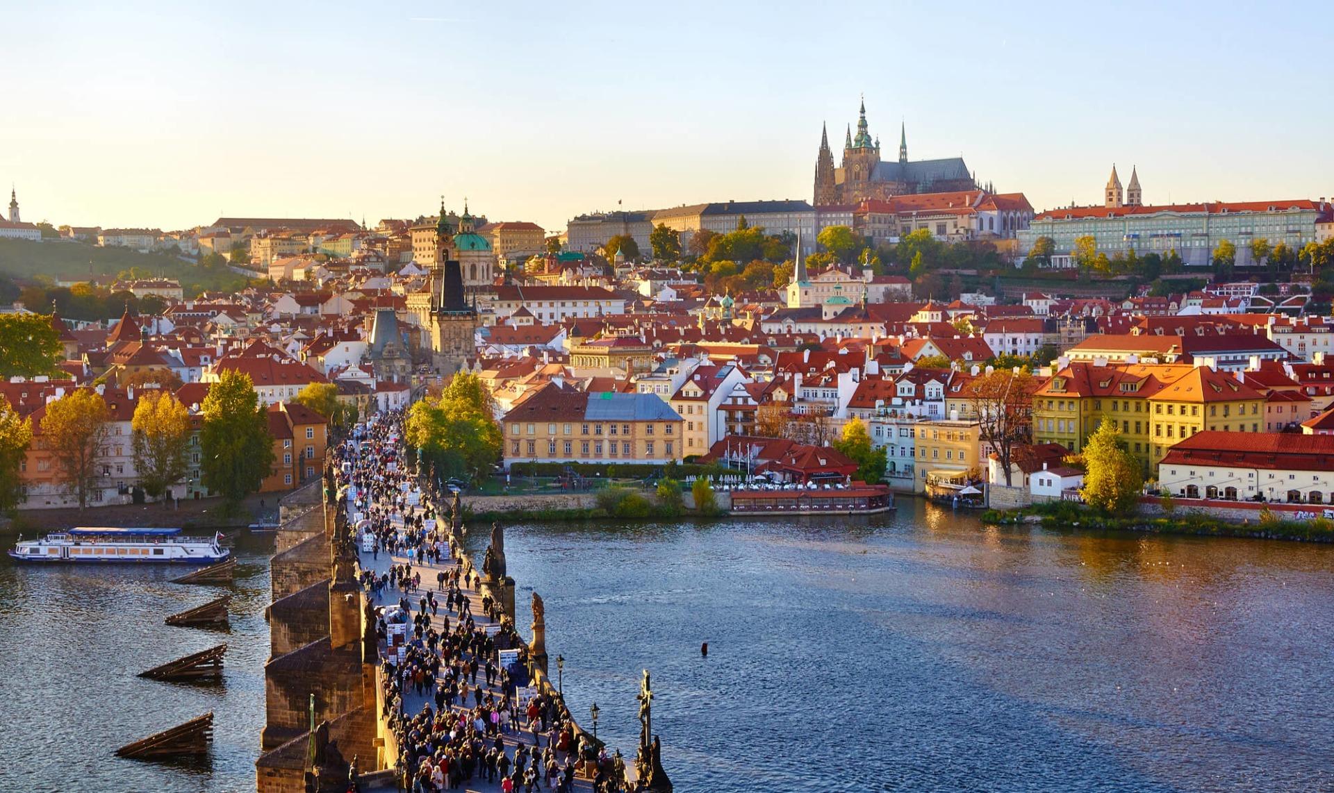 Oplev Prag i smukke omgivelser