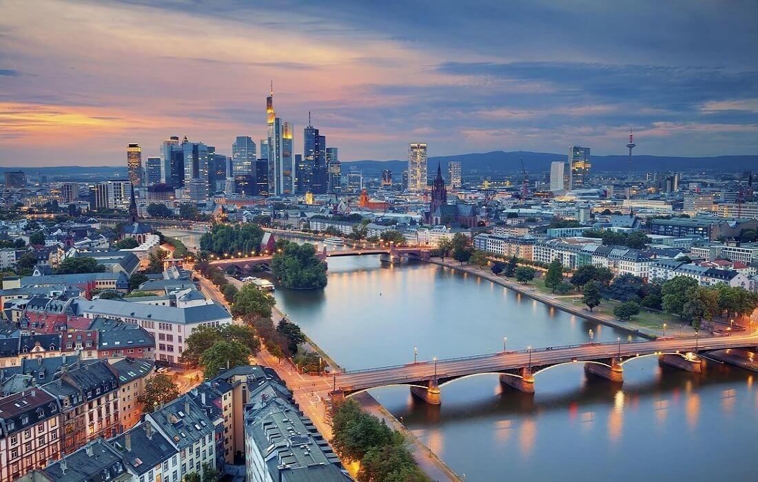 Tyskland, Schweiz og Italien med tog 12 dage / 11 nat - Frankfurt