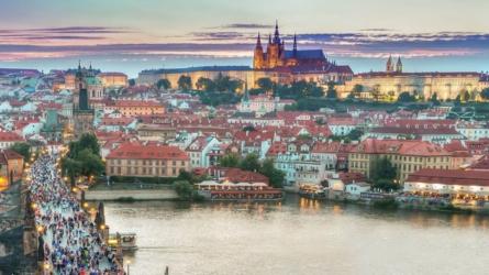 Storbyferie til Prag